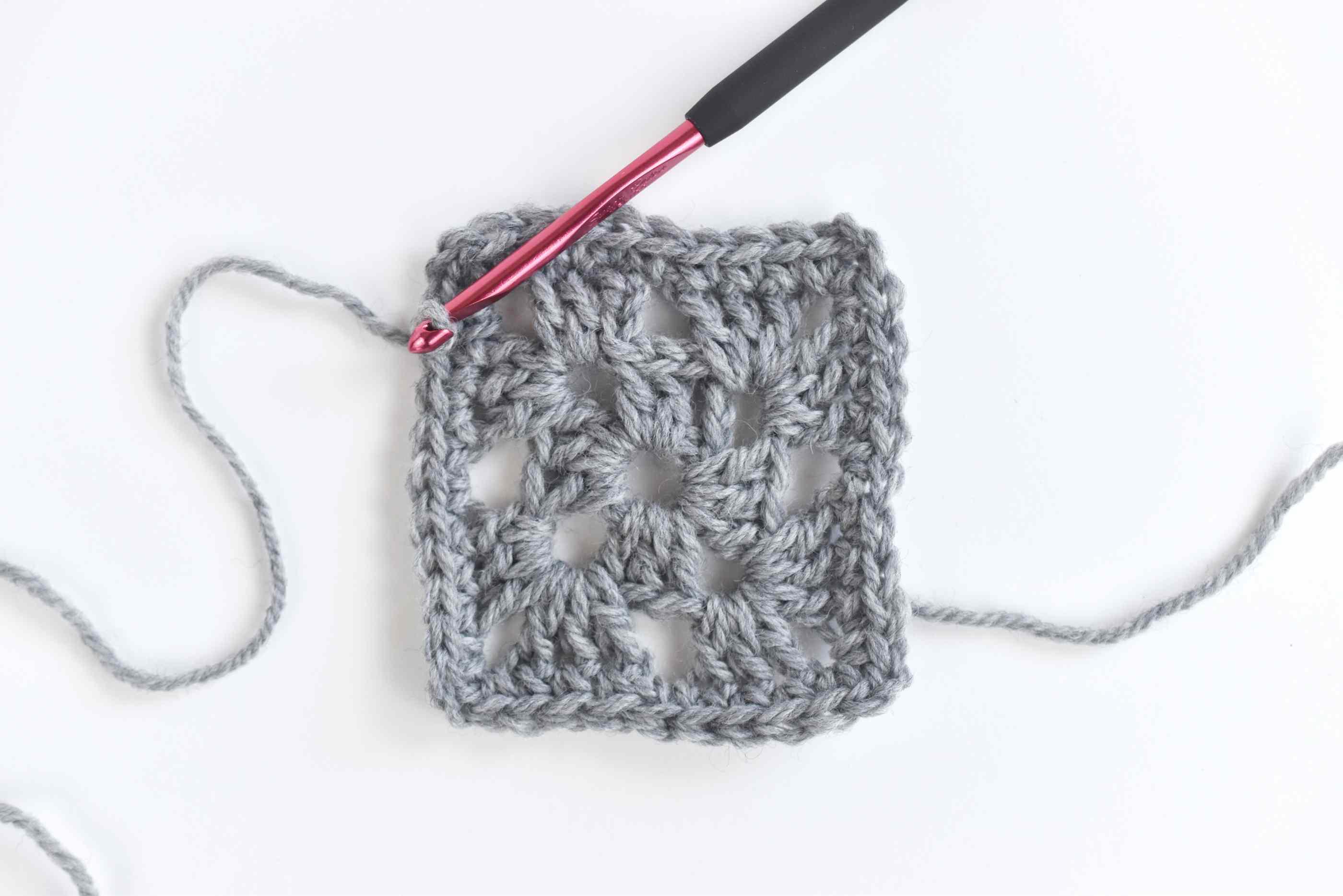 crochet granny square diagram mitsubishi car aircon wiring easy pattern round three