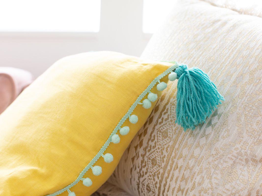 how to make a diy pillow
