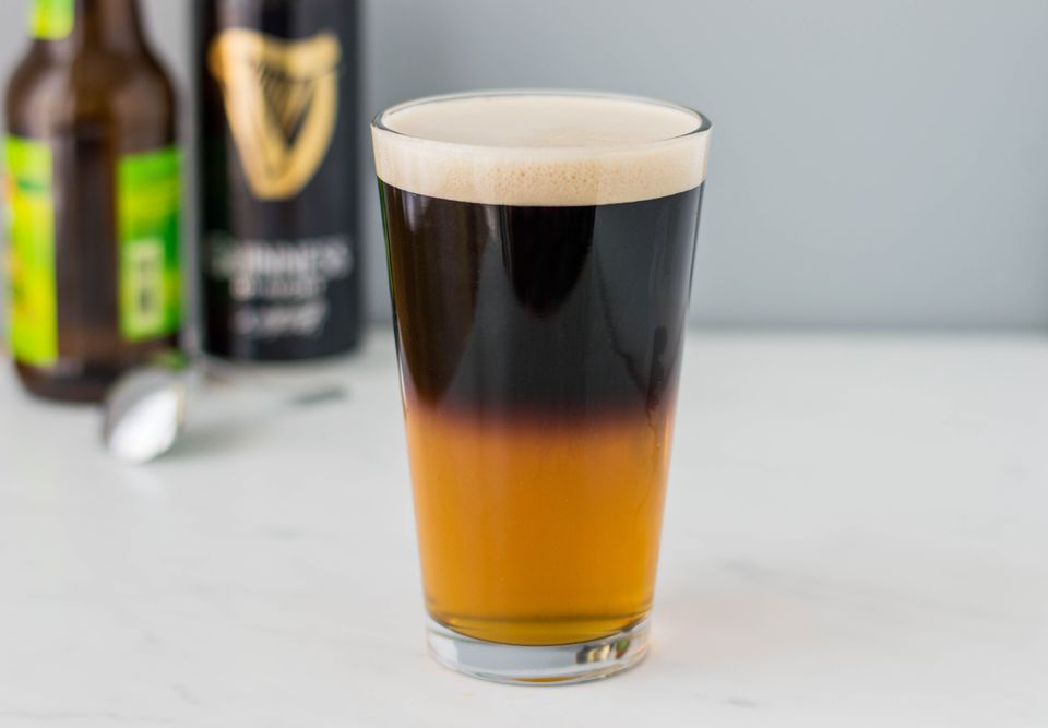 How to Make a Black and Tan  Other Layered Beer Drinks
