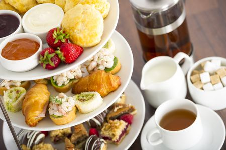 difference between afternoon tea