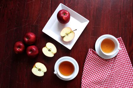 apple and ginger tea