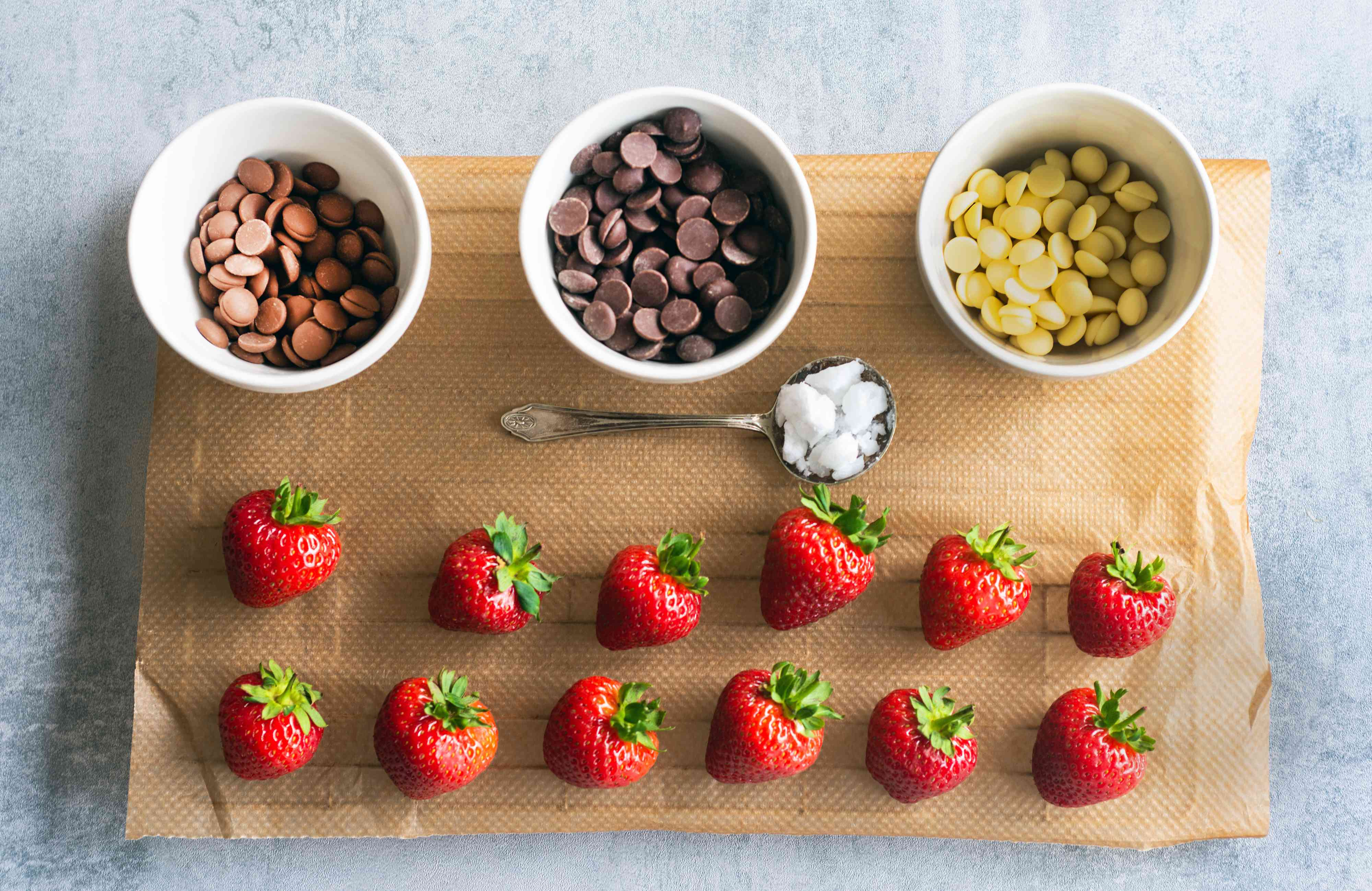 perfect chocolate dipped strawberries