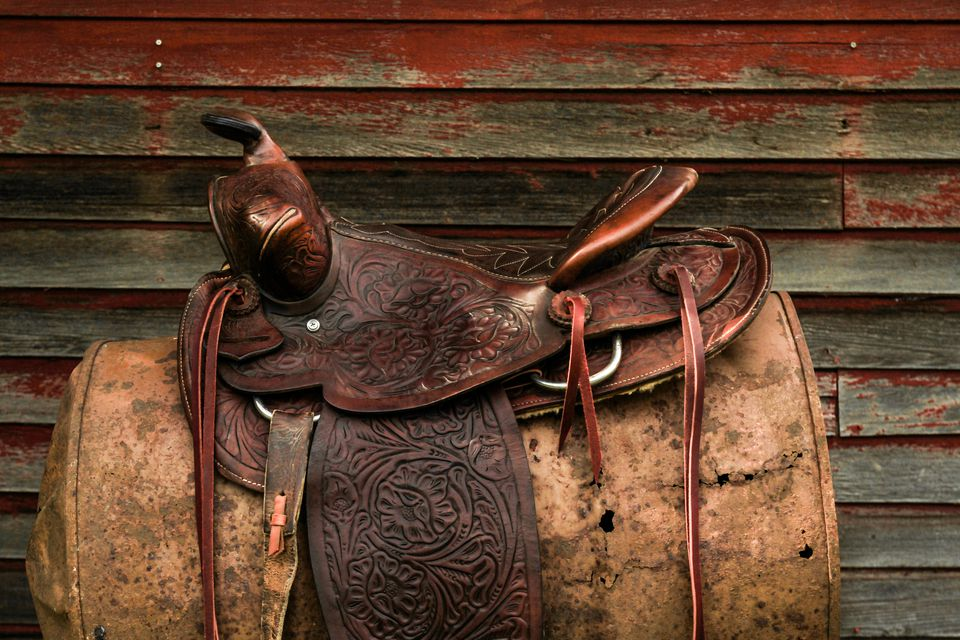 How To Tie A Western Saddle Cinch