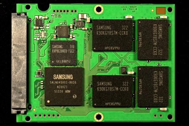 Samsung EVO 840 1TB SSD PCB Front