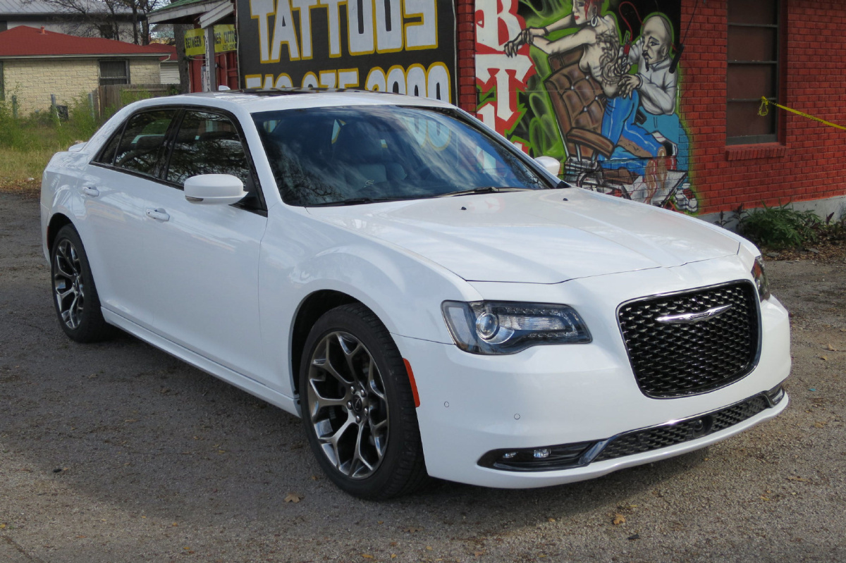 hight resolution of preview 2015 chrysler 300