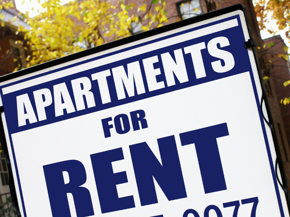 Landlords tenants need to cooperate when home sold