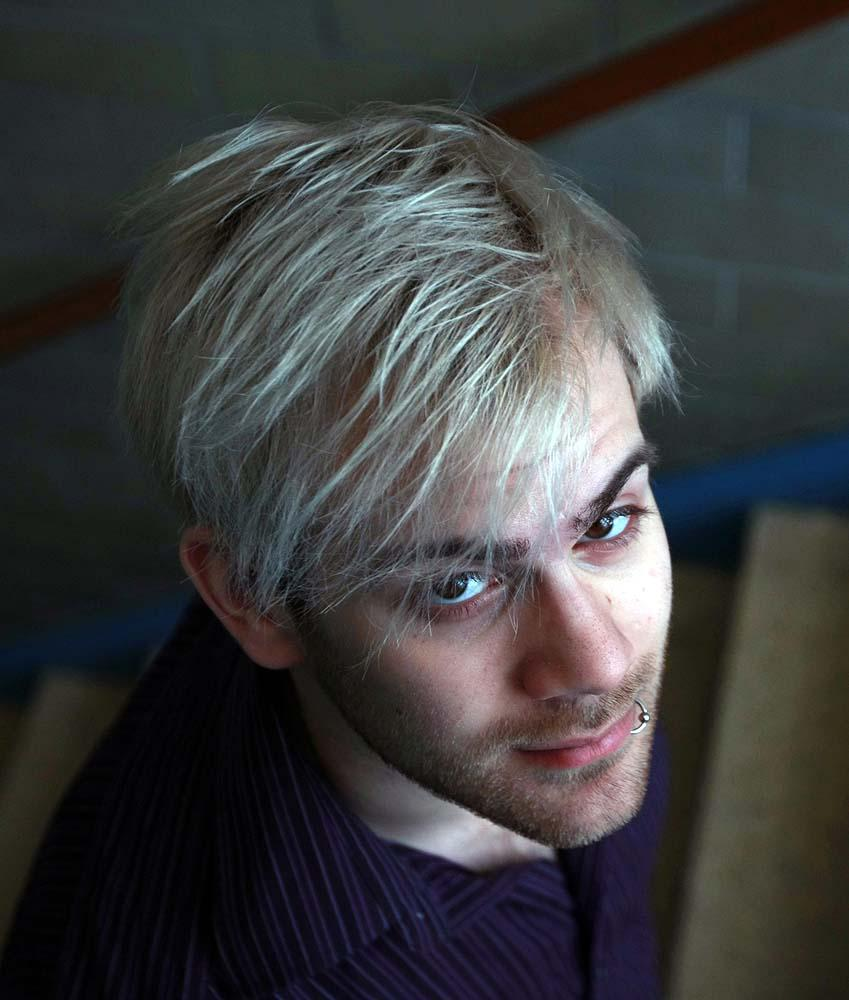 Grey Hair Is Suddenly In Style Toronto Star
