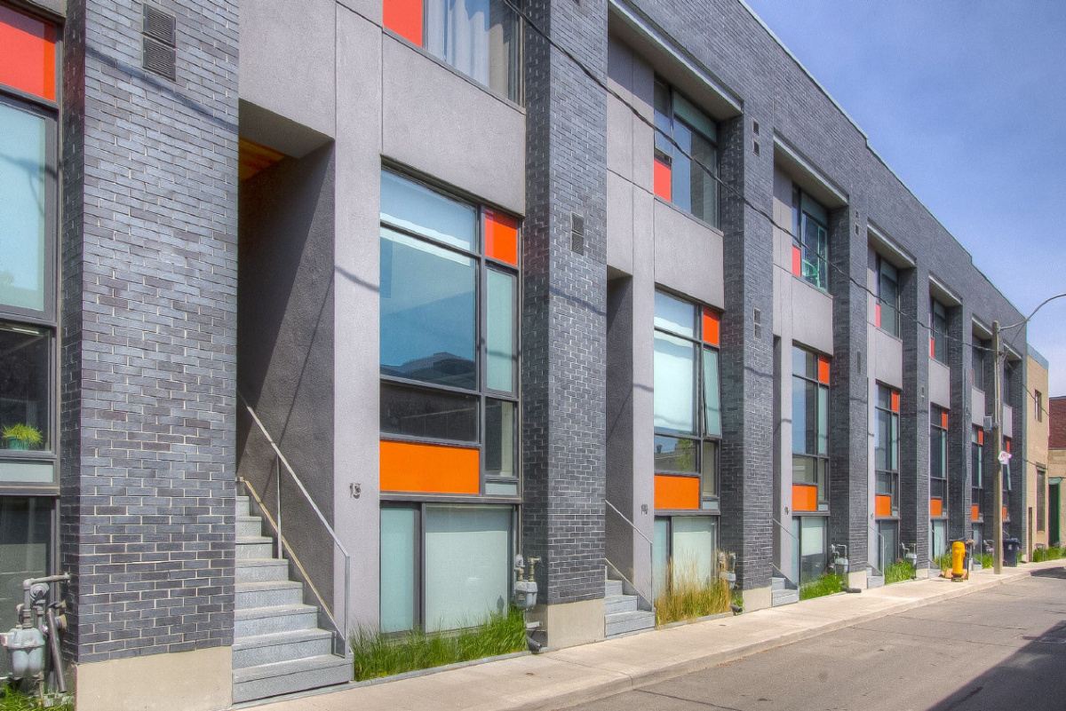 Home Of The Week Loft Inspired Townhouse In Corktown