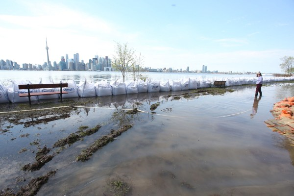 Toronto Islands Stay Closed Completely Safe
