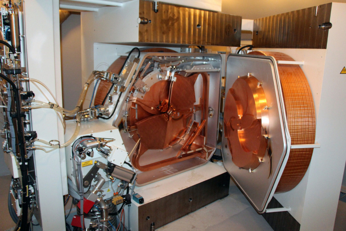 Toronto cyclotron set to spur leap in nuclear medicine  Toronto Star