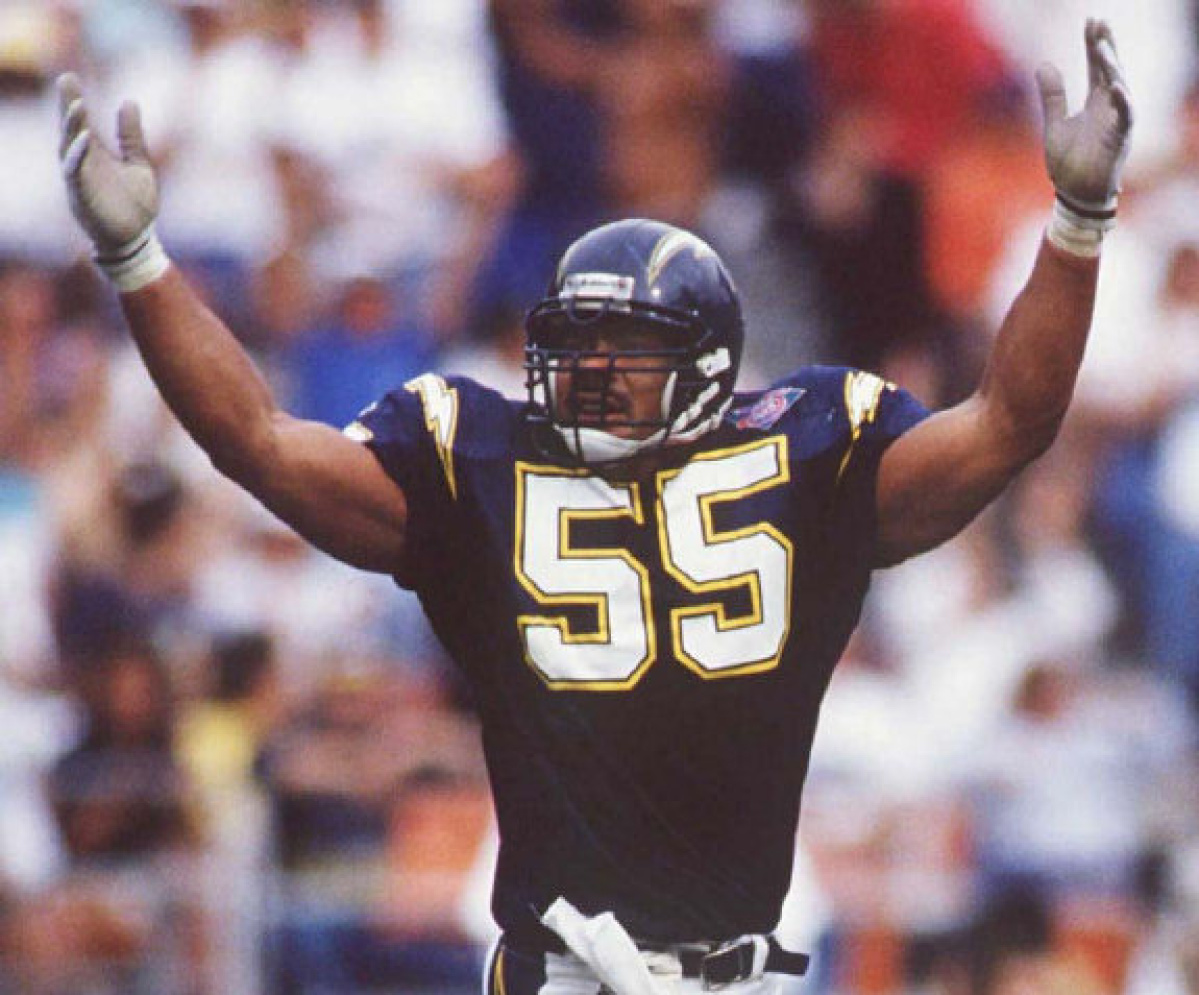Chargers Iphone Wallpaper Former San Diego Chargers Great Junior Seau Found Dead