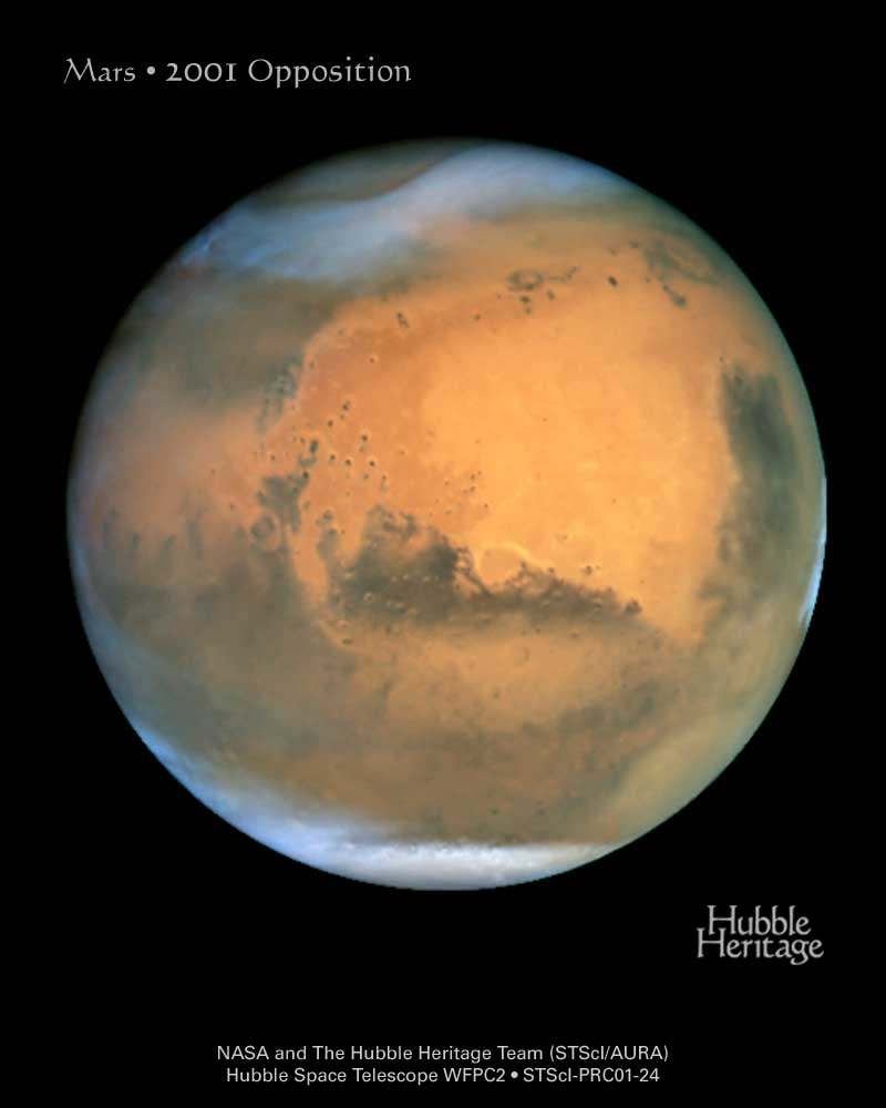 Hubble image of Mars at opposition in 2001.