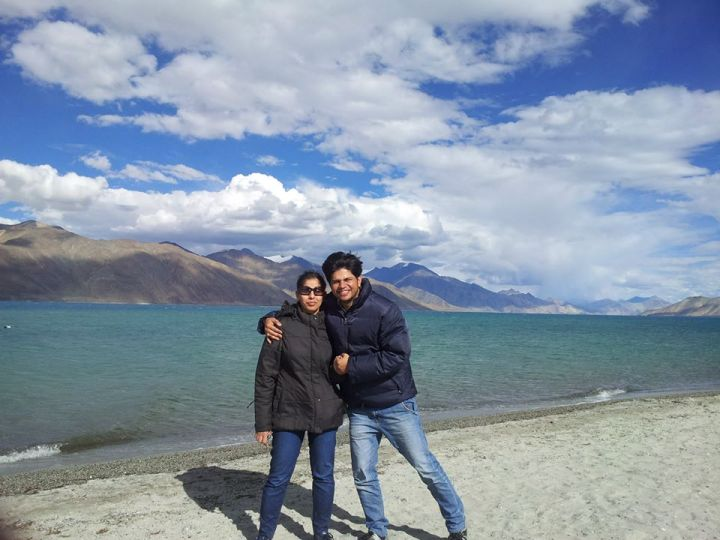 Meet the Founders of Yesmobo: Abhinav & Deepika Jain