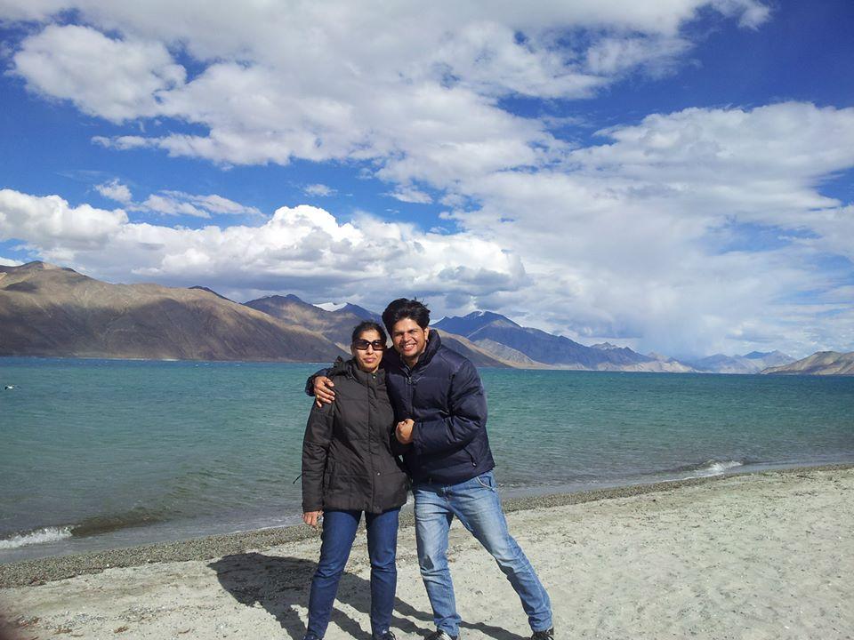 Meet the Founders of Yesmobo: Abhinav & Deepika Jain