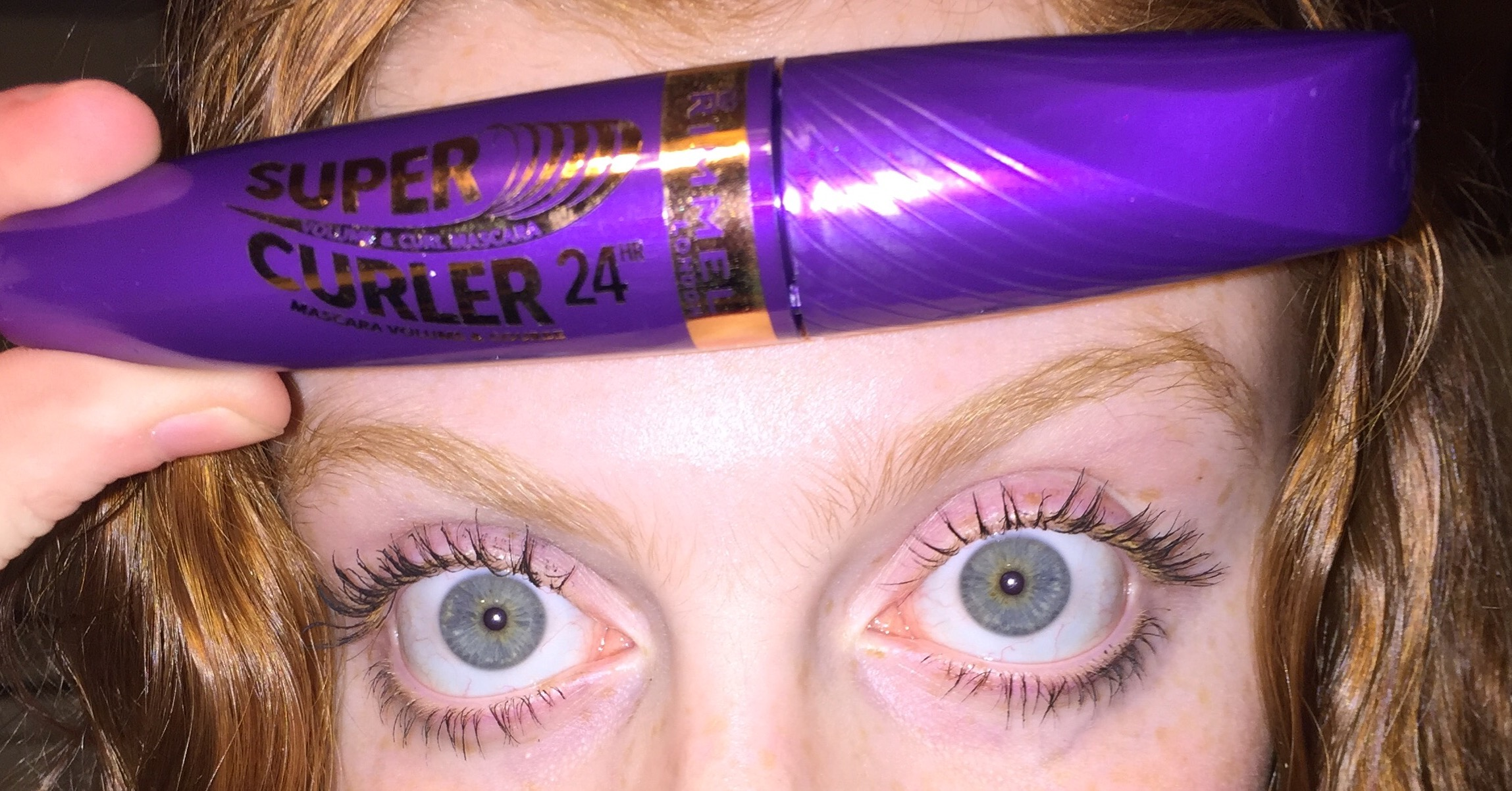 CREATE ULTRA-CURVACEOUS LASHES IN THE BLINK OF AN EYE WITH NEW 24 HOUR SUPERCURLER MASCARA FROM RIMMEL LONDON