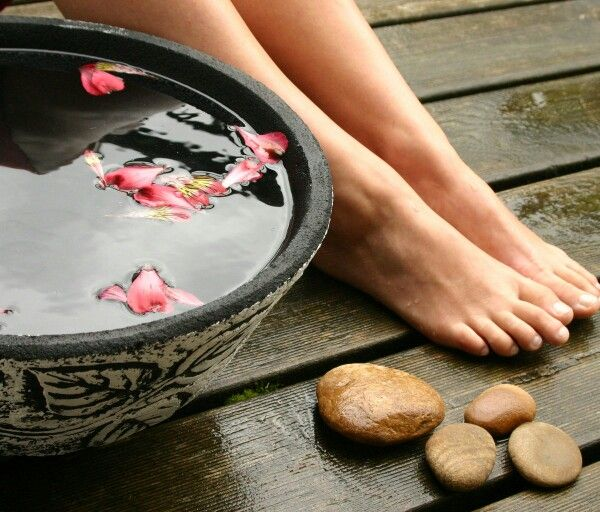 SIX REASONS Getting your SPA on is Good for you and how you can win a $50 SpaWeek giveaway from us!