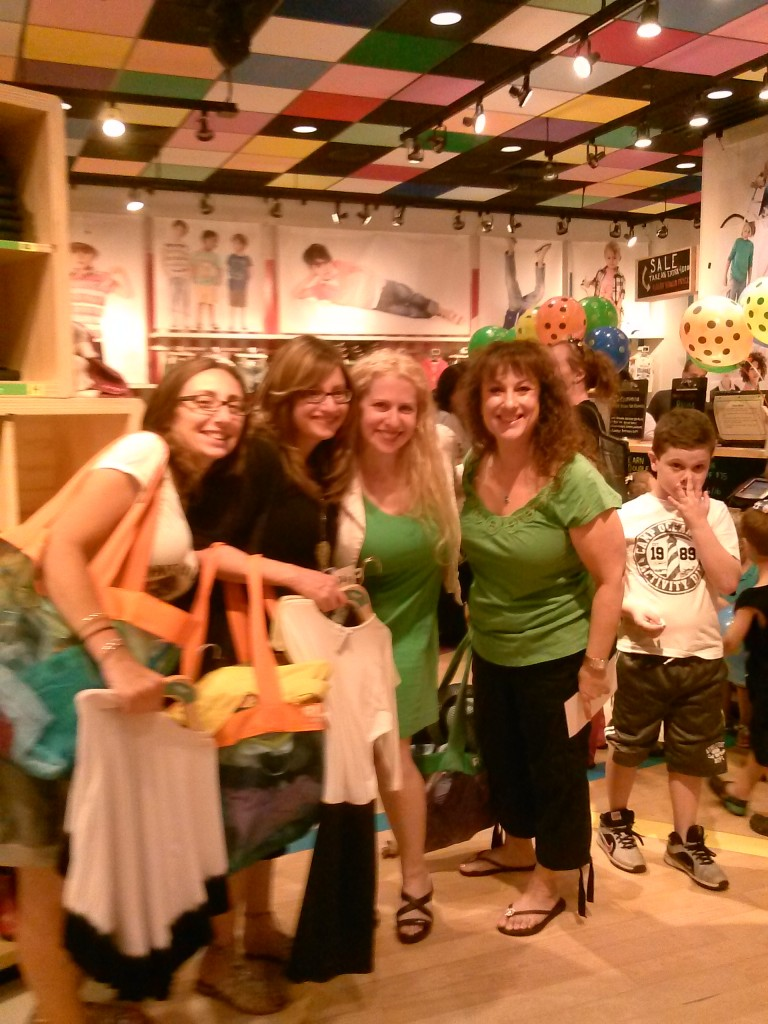 The Staten Island Family June 8th at a Private Shopping Event at RUUM #MakeRuum4Summer