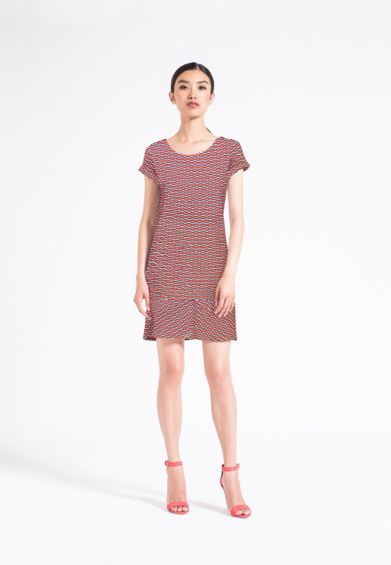 The Alex Dress is the perfect day dress for your warm weather wardrobe. This easy-wearing shift dress has a mitered hem detail and cute cuffed short sleeves. From morning errands to evening dinner plans, the Alex is as cute as it is comfortable!