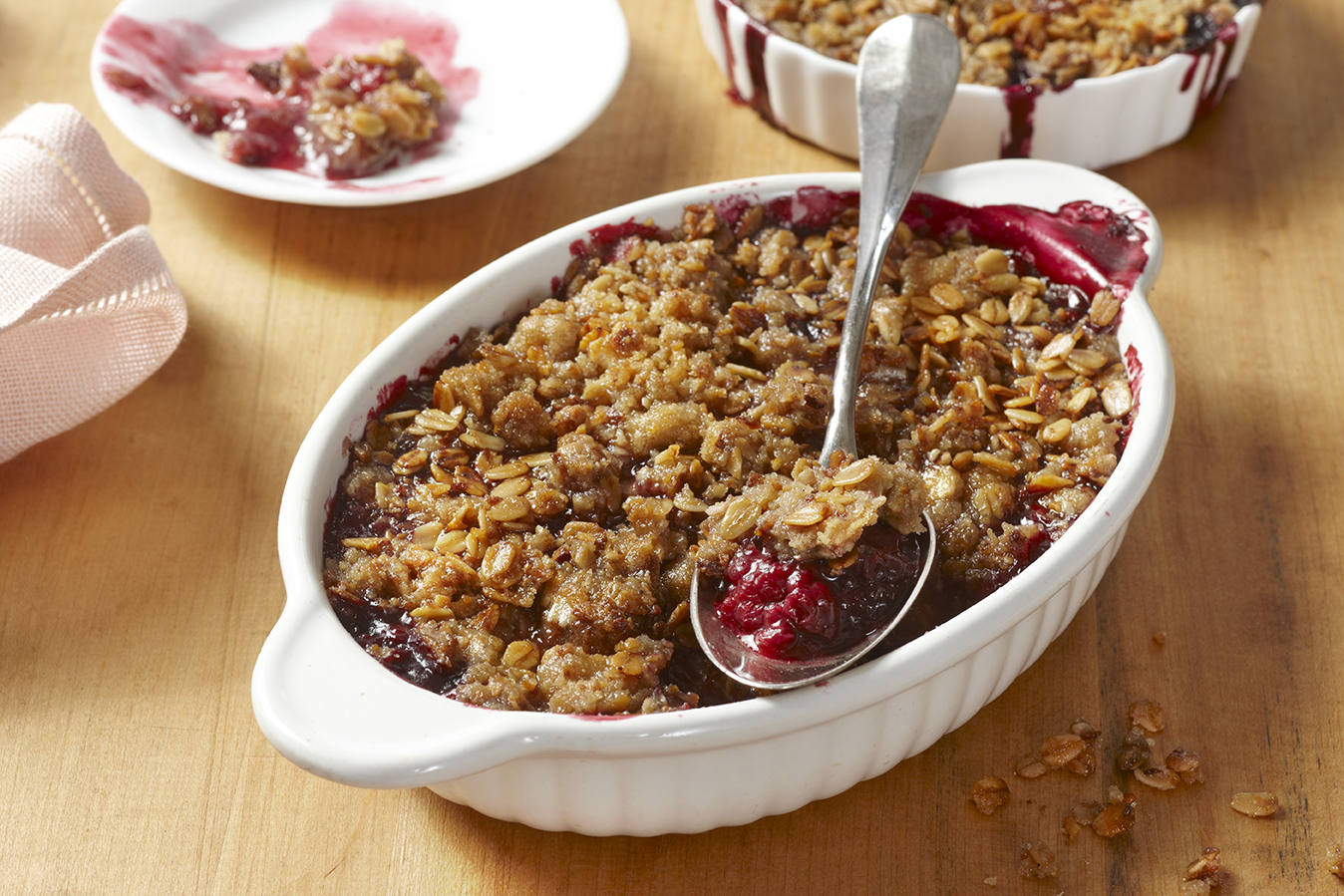 Granola Mixed Berry Crisp