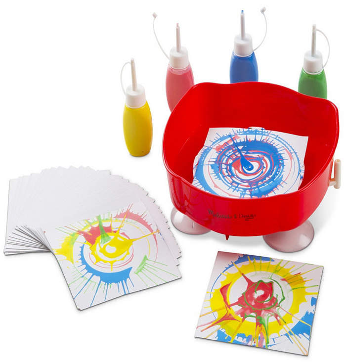 Spin your way to exciting new designs without batteries or assembly this handoperated, easytoclean spinner art set includes four colorful longtipped tubes of paint, twentyfive design cards and a suction cup base to hold it in place