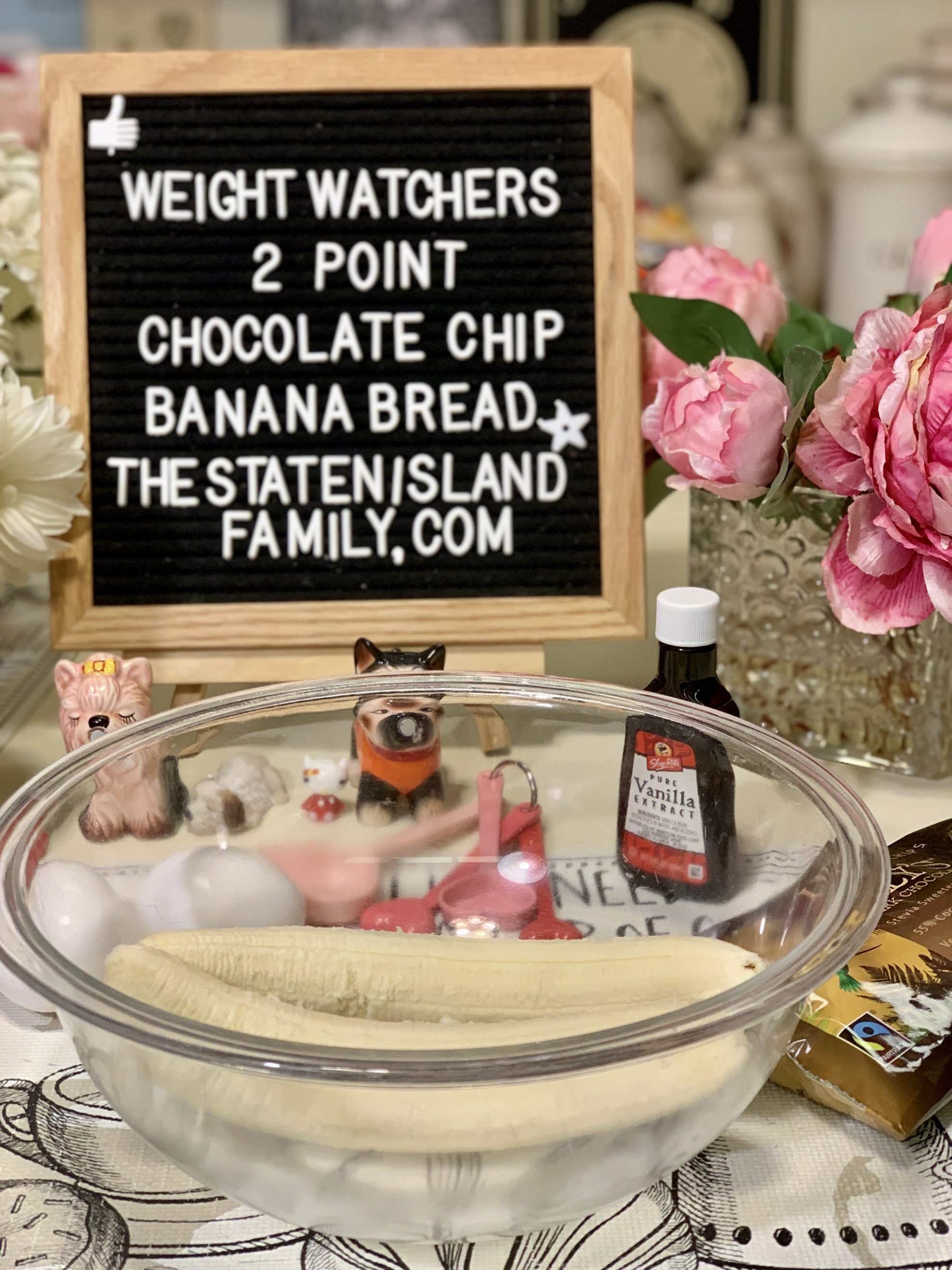 This weight watchers chocolate chip banana bread is Just Two POINTS Per very hefty serving!! And this entire recipe makes four servings! get all the delicious details here: https://www.thestatenislandfamily.com/weight-watchers-chocolate-chip-banana-bread-two-points/