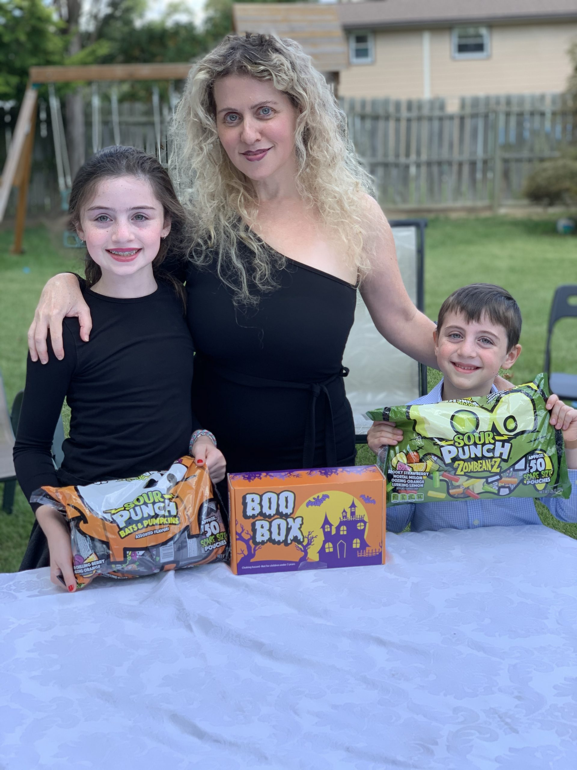 Win a Mega Halloween Candy and Boo Box Giveaway