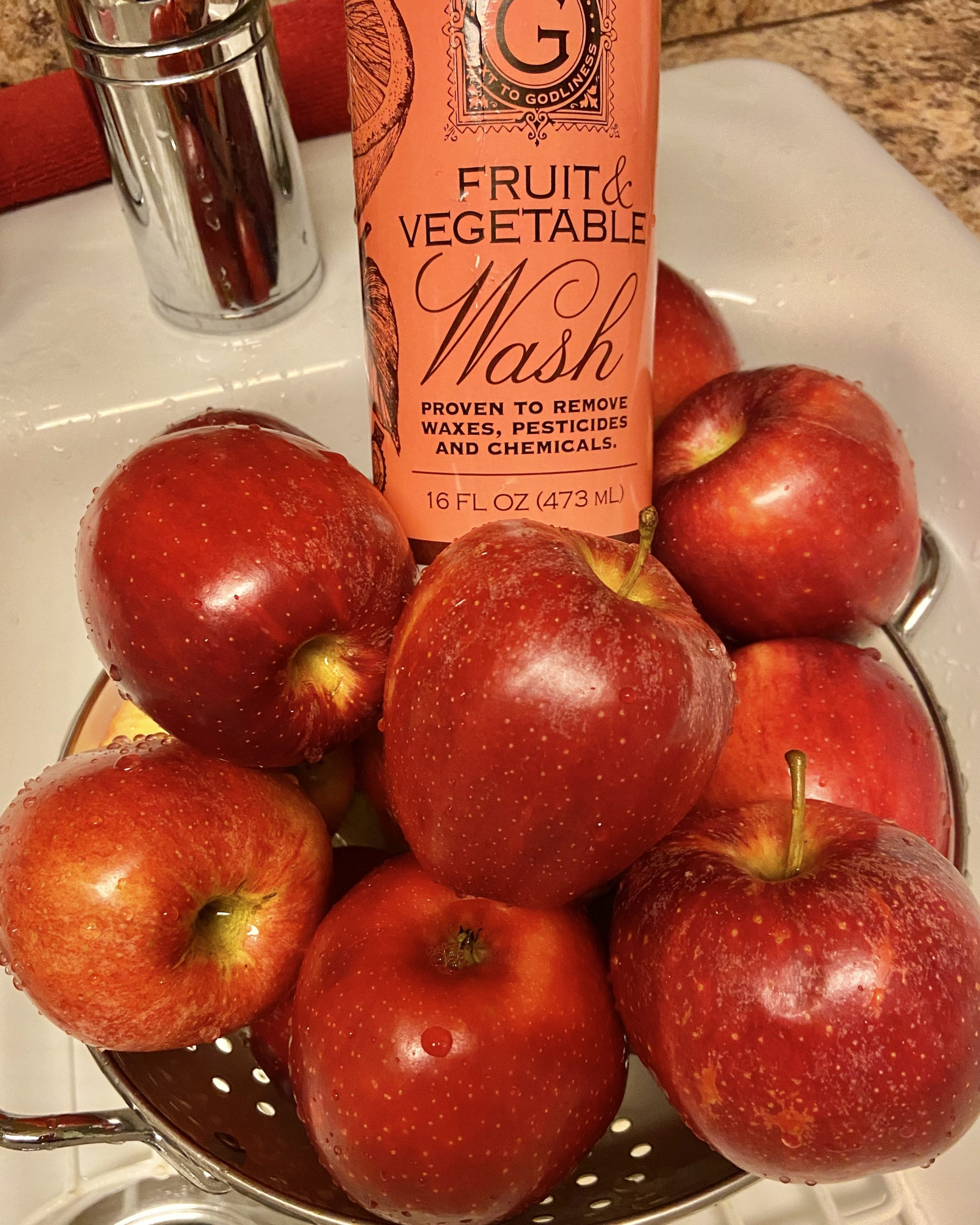 NO PEEL INSTANT POT APPLE BUTTER - Entire recipe is One point on Weight Watchers Blue