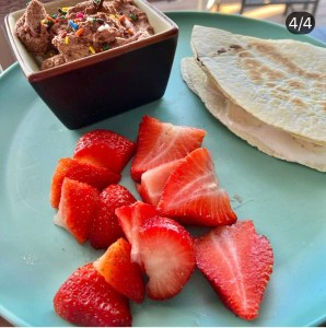 Funfetti Chocolate Dip with Peanut Butter Banana Quesadilla Five Points TOTAL on Weight Watchers Blue