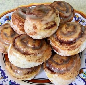 Yummy Homemade Cinnamon Rolls Just two points each on Weight Watchers Green