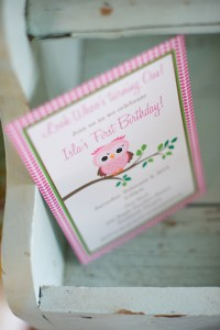 photo credit: Valerie Hibler Photography, www.valeriehiblerpotography.com Party invitations from Where the Green Grass Grows Designs http://wherethegreengrassgrowsdesigns.com