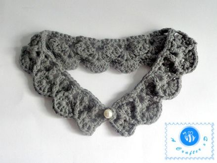 Crochet Pearl Drops Collar