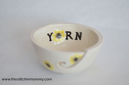 Gorgeous Yarn Bowls from Muddy Heart Pottery & Giveaway www.thestitchinmommy.com