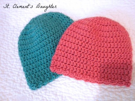 Tiny Scallops Easy Newborn Cap and Booties Set Guest Post by St. Clements Daughter for The Stitchin' Mommy | www.thestitchinmommy.com