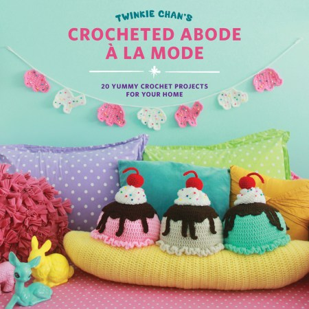 Crocheted Abode A La Mode by Twinkie Chan - Book Review and Pattern Excerpt | www.thestitchinmommy.com