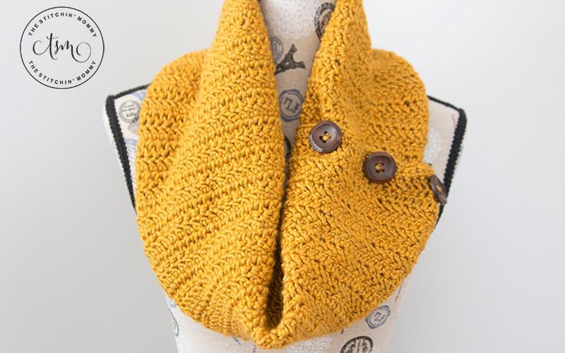 Butterscotch Button Cowl – Free Crochet Pattern