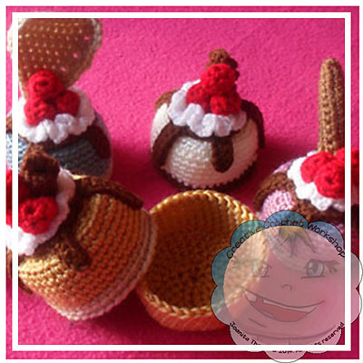 Mini-Cake-Gift-Box-by-Creat