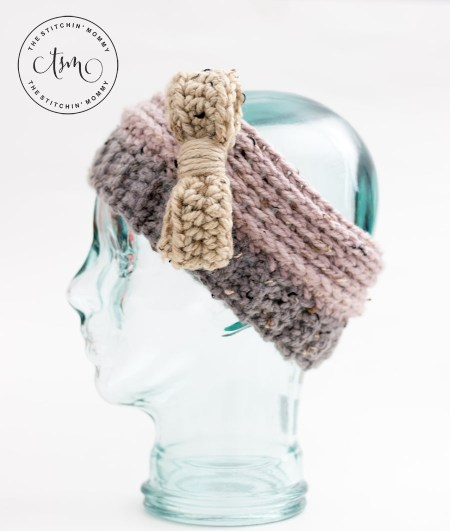 Oatmeal Cookie Headband Earwarmer - Free Crochet Pattern | www.thestitchinmommy.com #CALCentralCrochet