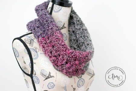 Sugar Plum Cowl - Free Crochet Pattern | Scarf of the Month Club hosted by The Stitchin' Mommy and Oombawka Design | www.thestitchinmommy.com #ScarfoftheMonthClub2018