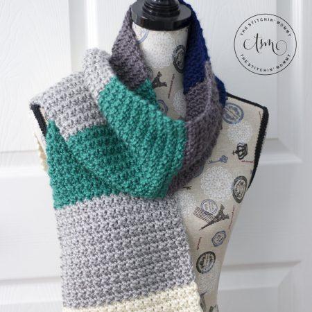 Tidal Ridge Scarf - Free Crochet Pattern #ScarfoftheMonth | www.thestitchinmommy.com