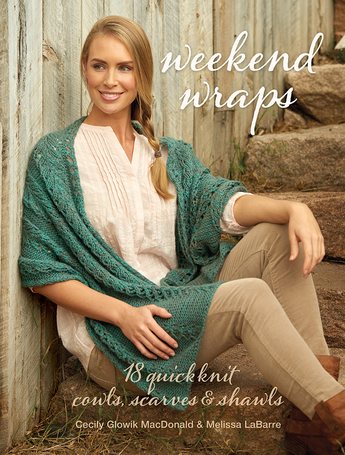 Weekend Wraps Book Review and Pattern Excerpt | www.thestitchinmommy.com
