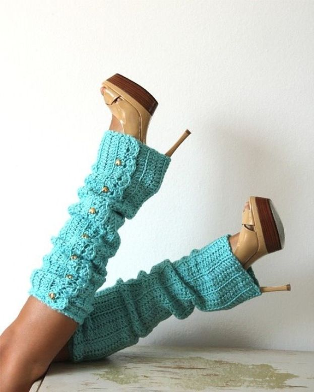 Love the teel leg warmers with heels