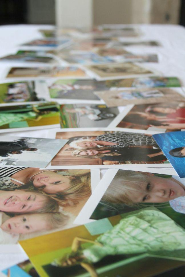 DIY Photo Table Runner on The sTORIbook Blog