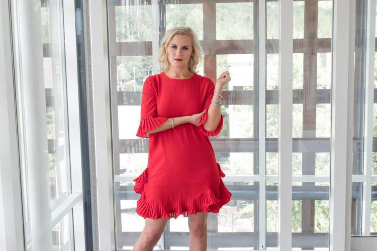 summer chic red dress