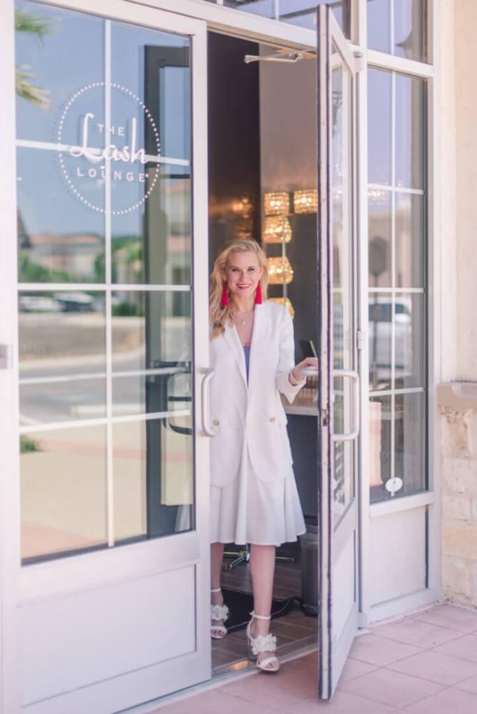Tori Johnson Fashion Blogger