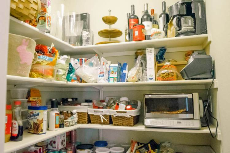 How To Organize Your Pantry With The NEAT Method