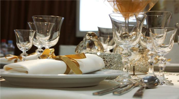 Selecting Wedding Glass