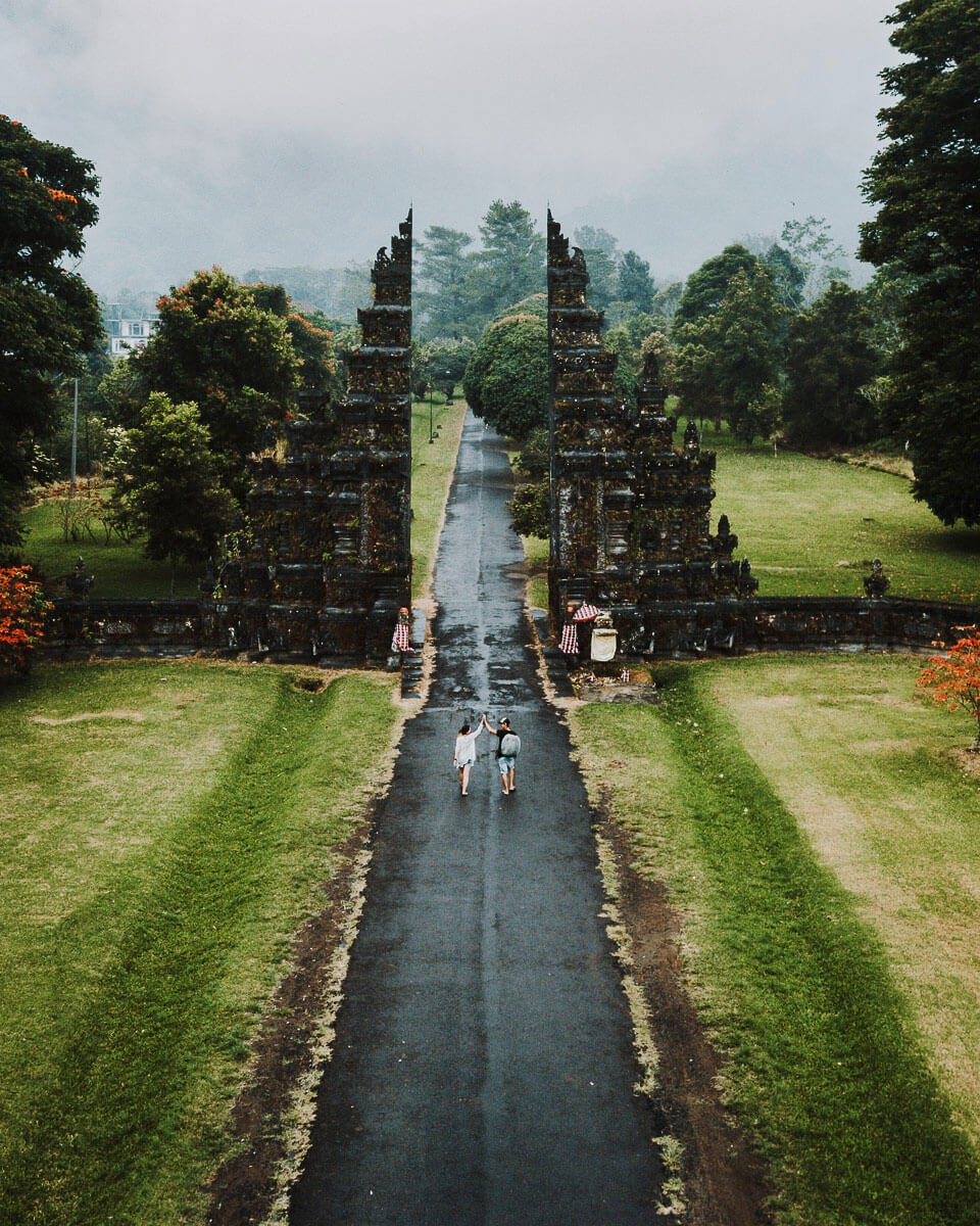 Canggu-Porte-Handara-Indonesie-Alex-MJ