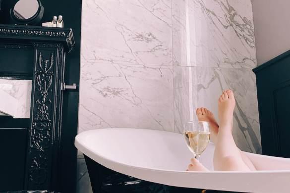 Chateau-Fleur-De-Lys-bain-bulle-suite