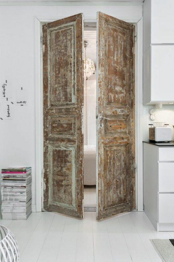 Oude deuren in het interieur  THESTYLEBOX