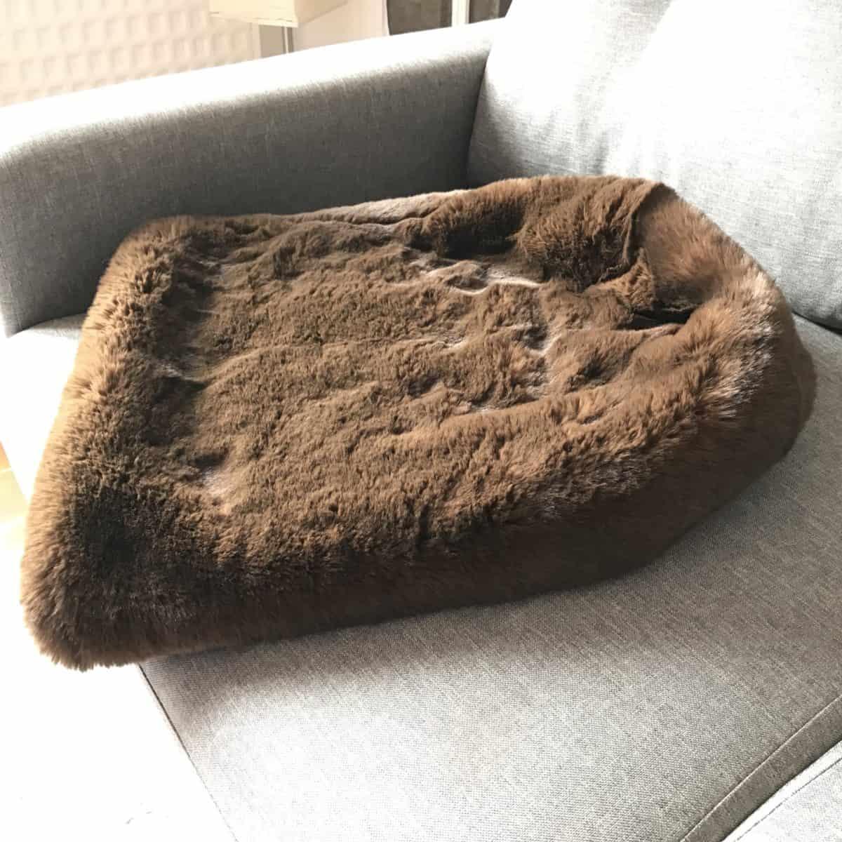 Pooch Sac Luxury Faux Fur Dog Sleeping 3 In 1 Bag Brown